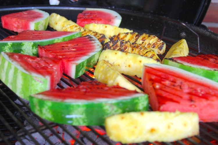 8 Hot Tips For The Best Grilled Fruit